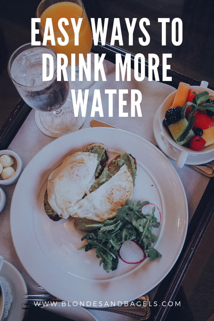 Lifestyle blogger Kelsey from Blondes & Bagels gives easy tips for how to drink more water!